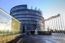 欧盟通过网络安全法案,是对中国发出的信号